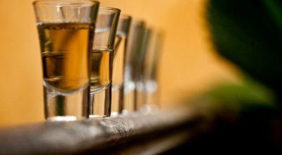 15 receitas de rabo de galo fáceis para shots inesquecíveis