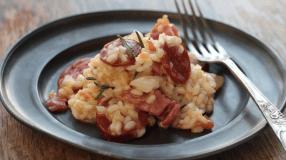 10 receitas de risoto de calabresa para saborear o gostinho da Itália