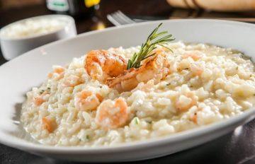 42 receitas de risoto de camarão para você se sentir muito cozinheiro