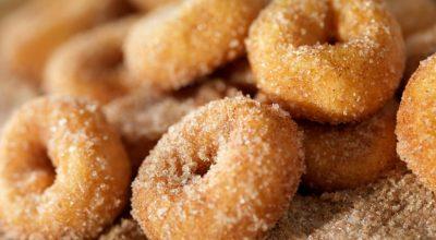 12 receitas de rosquinha frita que são mais gostosas que as da padaria