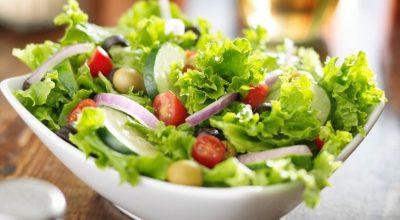 12 receitas de salada crua para saborear uma refeição leve e saudável