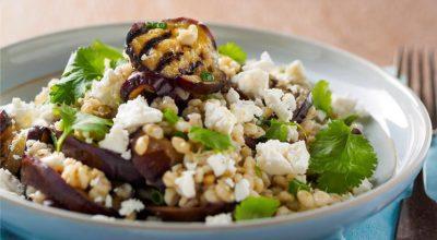 20 receitas de salada de berinjela supersaudáveis para completar sua refeição
