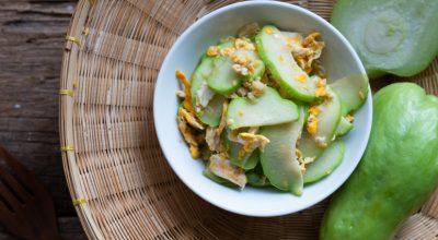 14 receitas de salada de chuchu para experimentar sem fazer cara feia