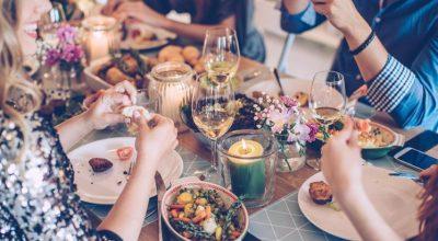 43 receitas de saladas de Natal para deixar seus convidados com água na boca
