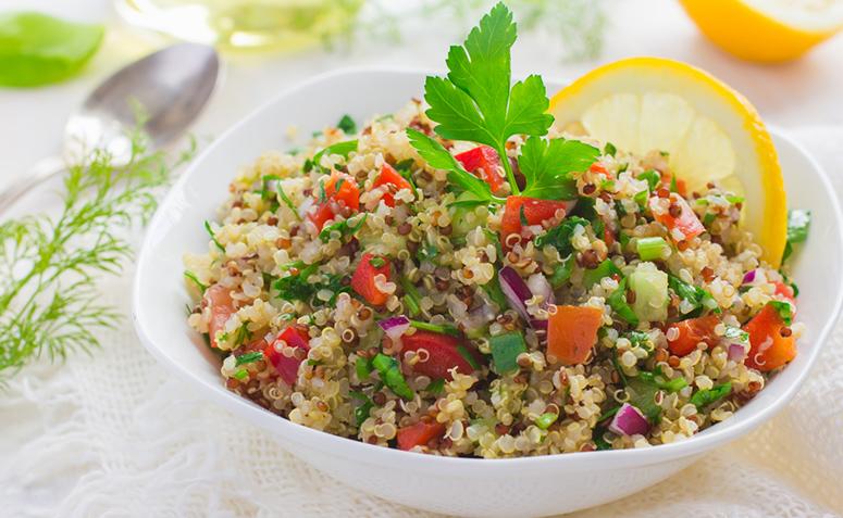Resultado de imagem para Salada de Quinoa e Maçã