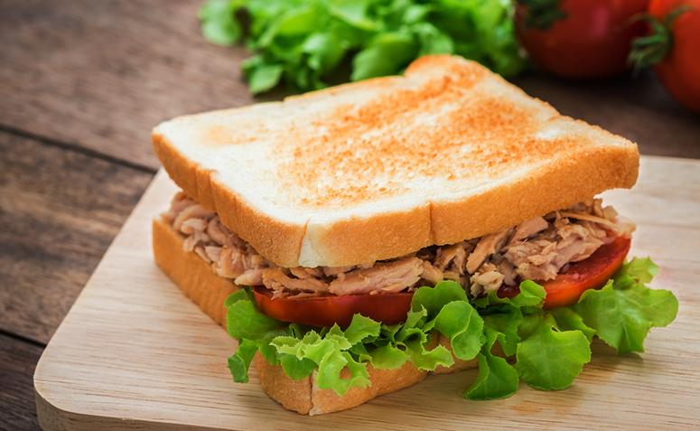 14 Receitas De Sanduiche Natural De Frango Curingas Para Matar A Fome