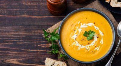36 receitas de sopa de abóbora para esquentar o corpo