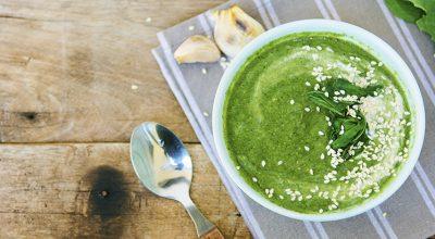 13 receitas de sopa de couve que vão aquecer o seu coração