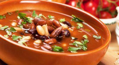 30 receitas de sopa de feijão para aquecer os dias frios