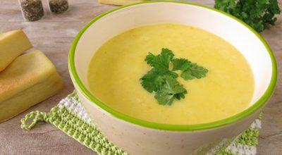 8 receitas de sopa de fubá para as noites de frio e aconchego