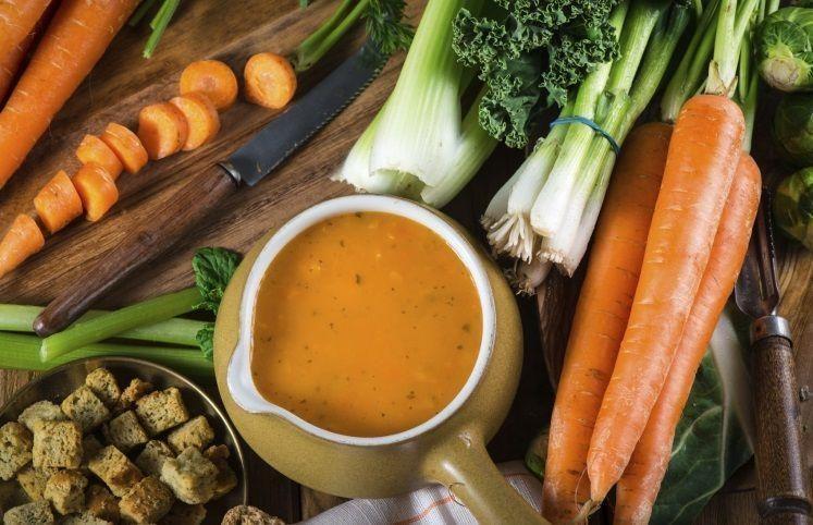 48 receitas de sopas de legumes para aquecer seu dia
