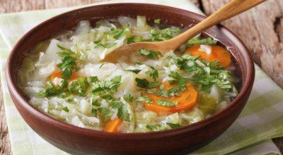 7 receitas de sopa de repolho para uma refeição muito saudável