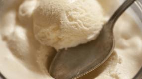 7 receitas de sorvete de leite condensado que refrescam o seu dia