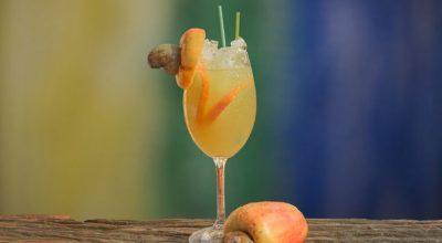 10 receitas de suco de caju para te refrescar no verão