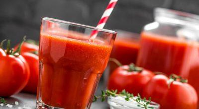 9 receitas de suco de tomate que trazem benefícios para a saúde