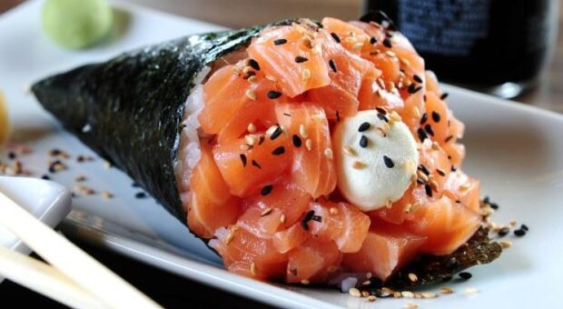 8 receitas de temaki que podem fazer muito sucesso na sua mesa