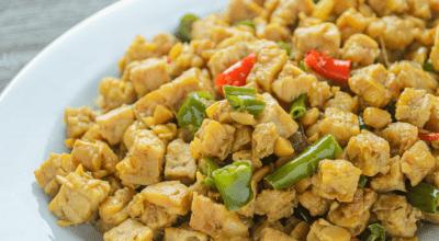 10 receitas de tempeh para conhecer o sabor deste ingrediente nutritivo