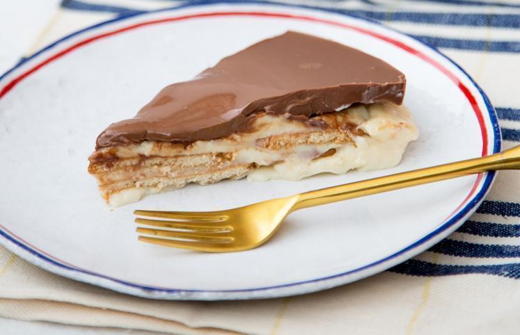 Torta de bolacha simples