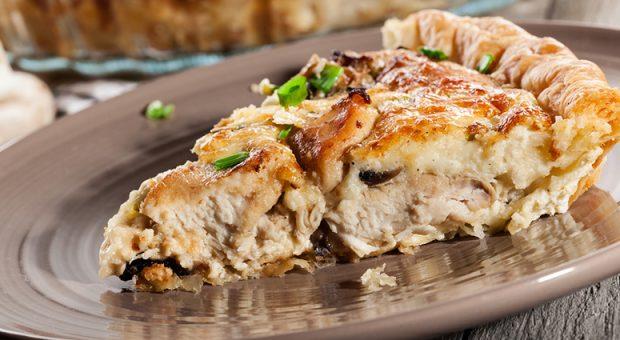 12 receitas de torta de frango com catupiry para um lanche delicioso