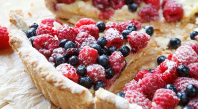 10 receitas de torta de frutas vermelhas incríveis para todas ocasiões