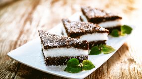 11 receitas de torta prestígio para uma sobremesa deliciosa