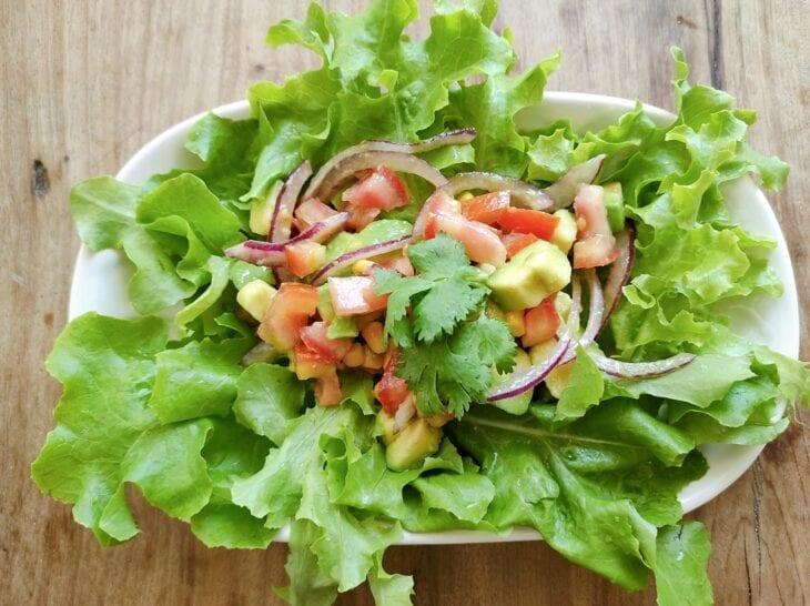 Salada de abacate com milho - Passo a passo